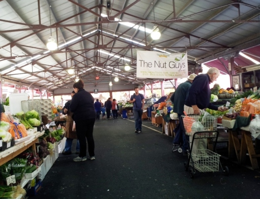 Vege & Fruit Market Hall