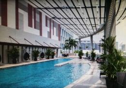 Beautiful Rooftop Pool 1
